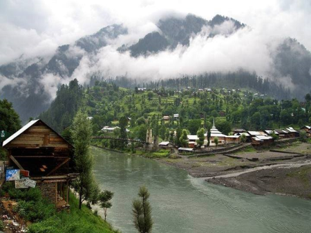 Neelum Valley AJK Tour Package (3Days / 2 Nights)